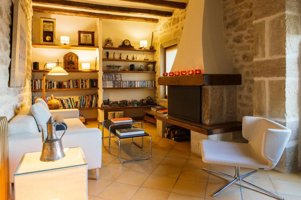 boutique hotels in calaceite  8