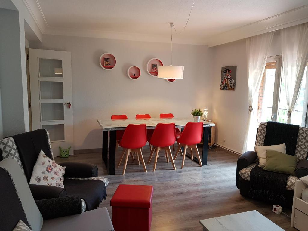 A seating area at Apartamento Madrid dBA3