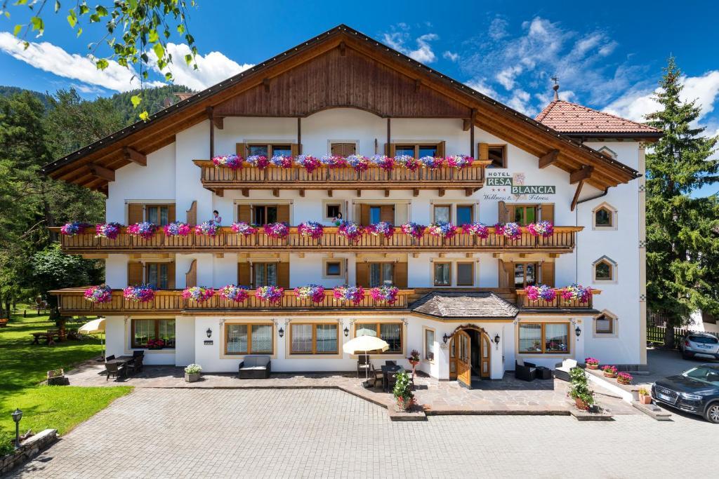 Hotel Resa Blancia, San Vigilio Di Marebbe – Prezzi aggiornati per ...