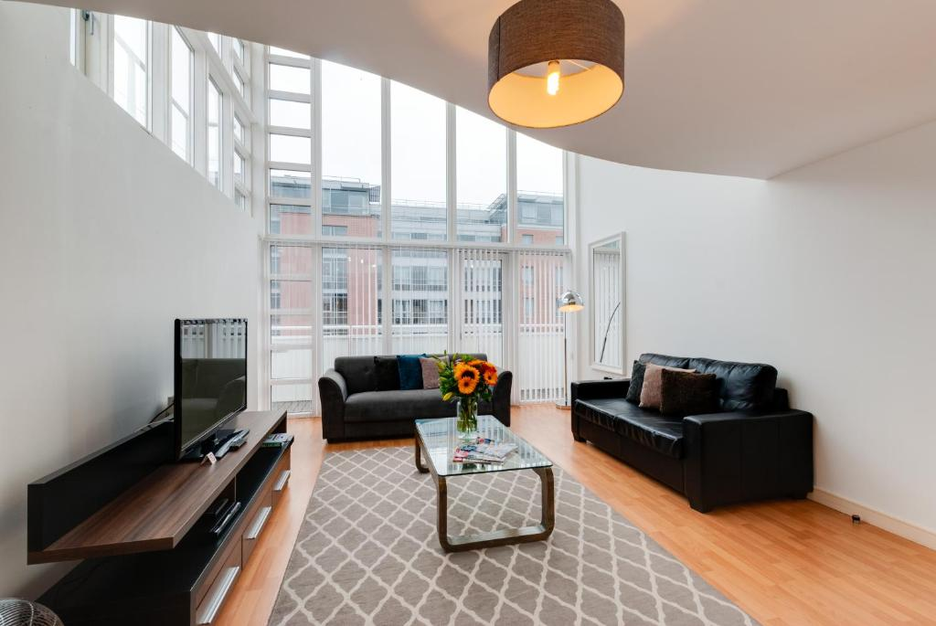 Base Serviced Apartments The Docks Liverpool Updated 2019 Prices