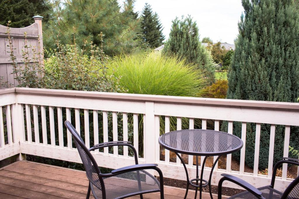 Oregon Garden Resort, Silverton, OR - Booking.com