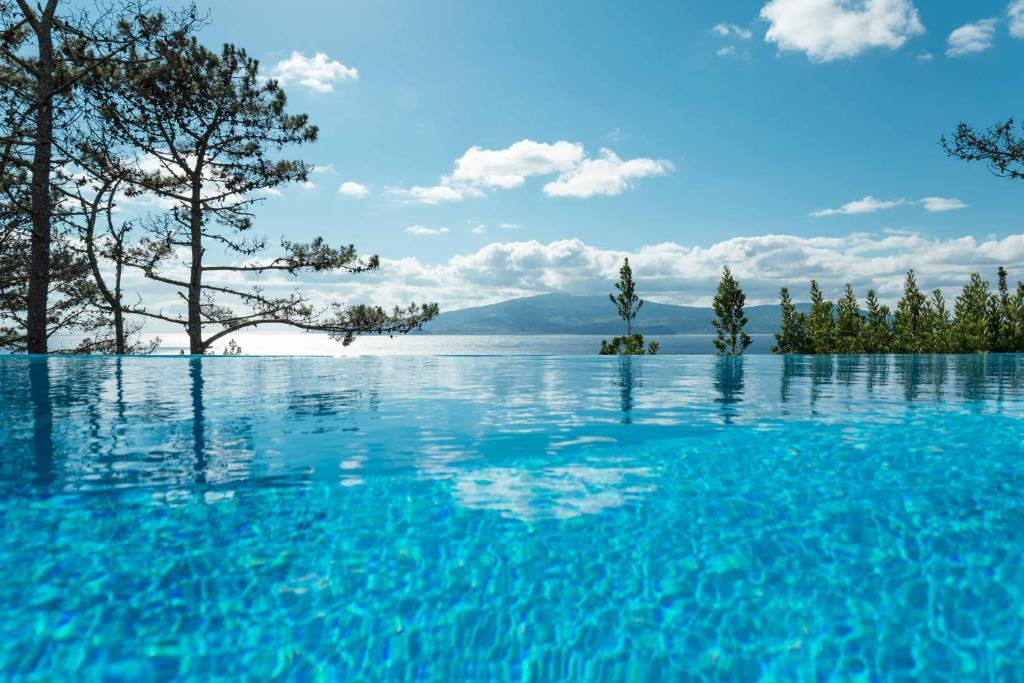 Heritage Badkamers Nederland : Atlantic heritage luxury villa portugal madalena booking