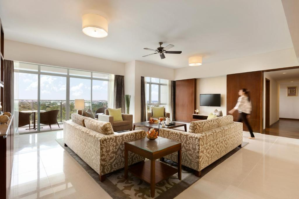 Shangri-La Serviced Apartments, Yangon, Myanmar - Booking.com