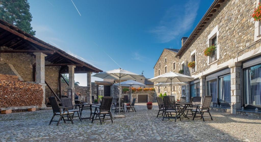 boutique hotels in llivia  38