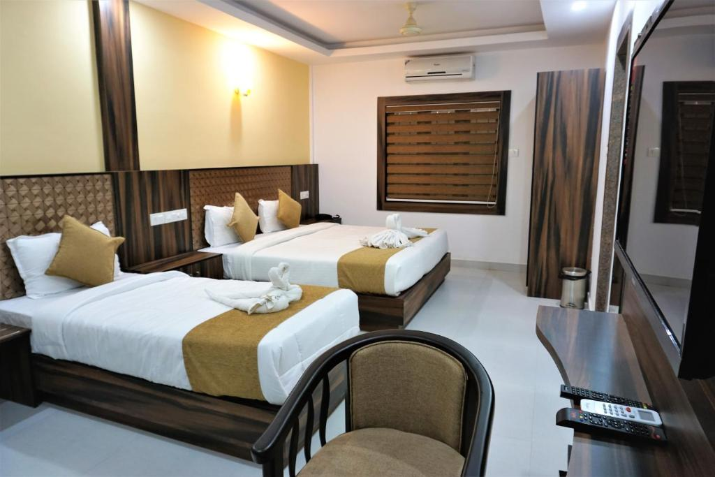 hotel kochi crown cochin india booking com rh booking com