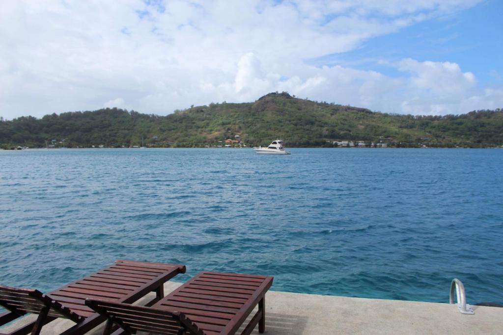 Bora-Bora Bungalow and Bora-Bora House, Bora Bora – Prezzi ...