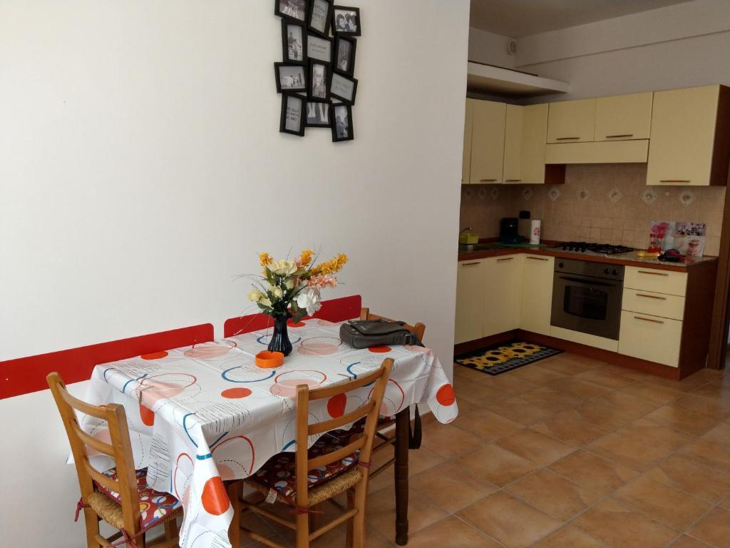 Cucina o angolo cottura di Locazione Turistica Da Anna