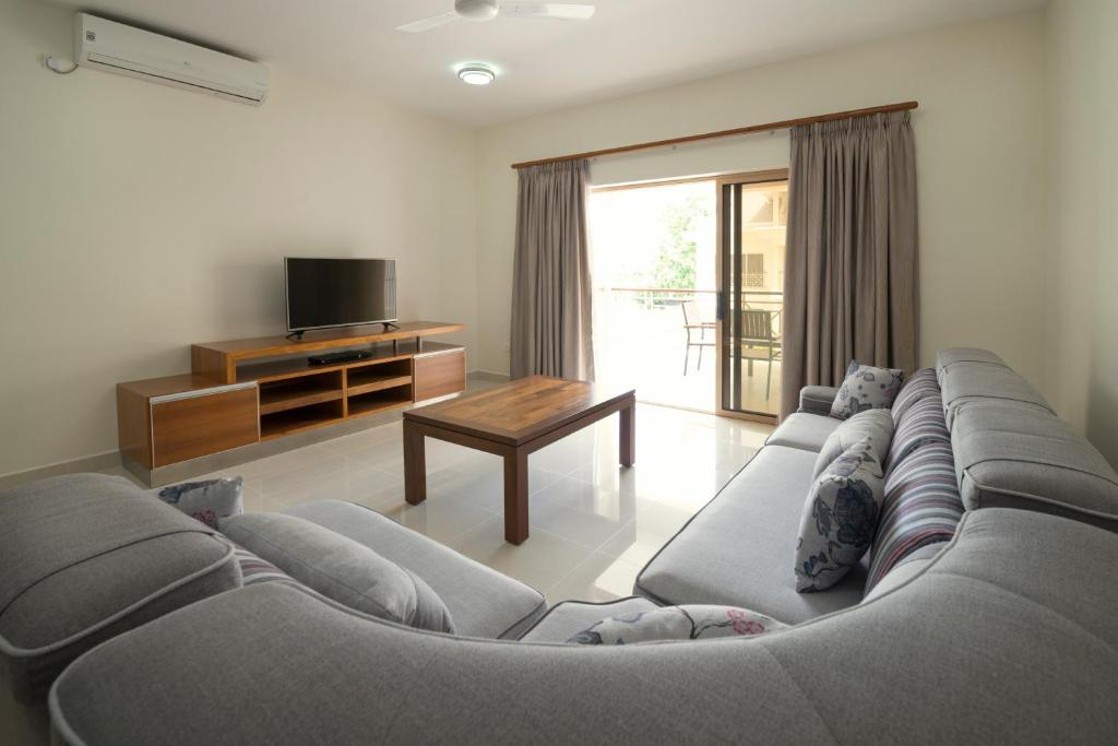 A seating area at Sahaj Holiday Apartments