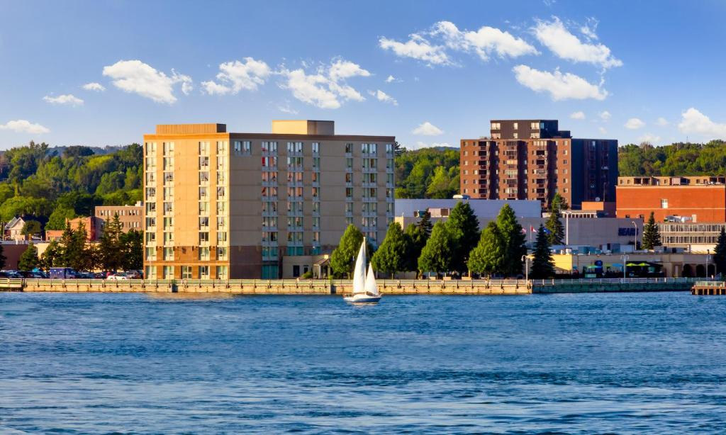 delta hotels by marriott sault ste marie waterfront スーセント