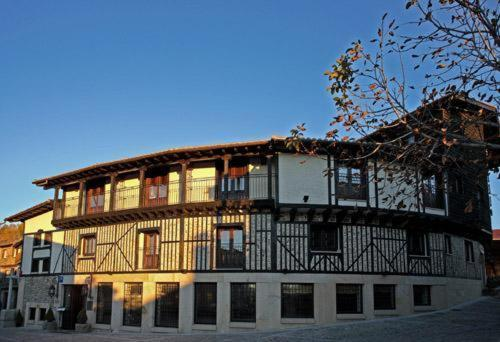 boutique hotels in mogarraz  1