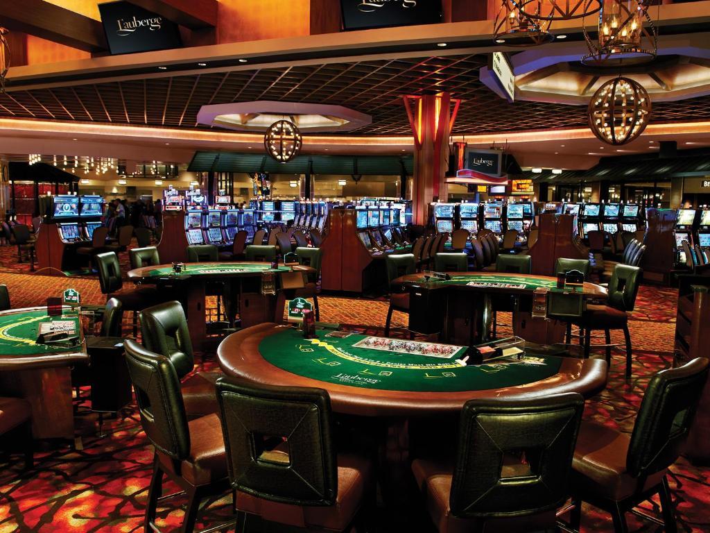 Col rouge al casino
