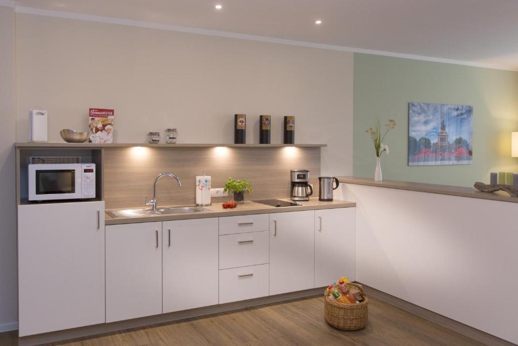 A kitchen or kitchenette at Cozy-Flats Koblenz