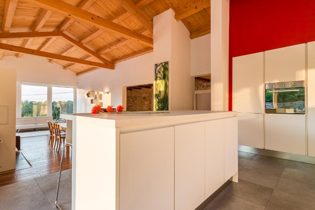 naturliche interieur mit stein haus design bilder, holiday home paljari, vižinada, croatia - booking, Design ideen
