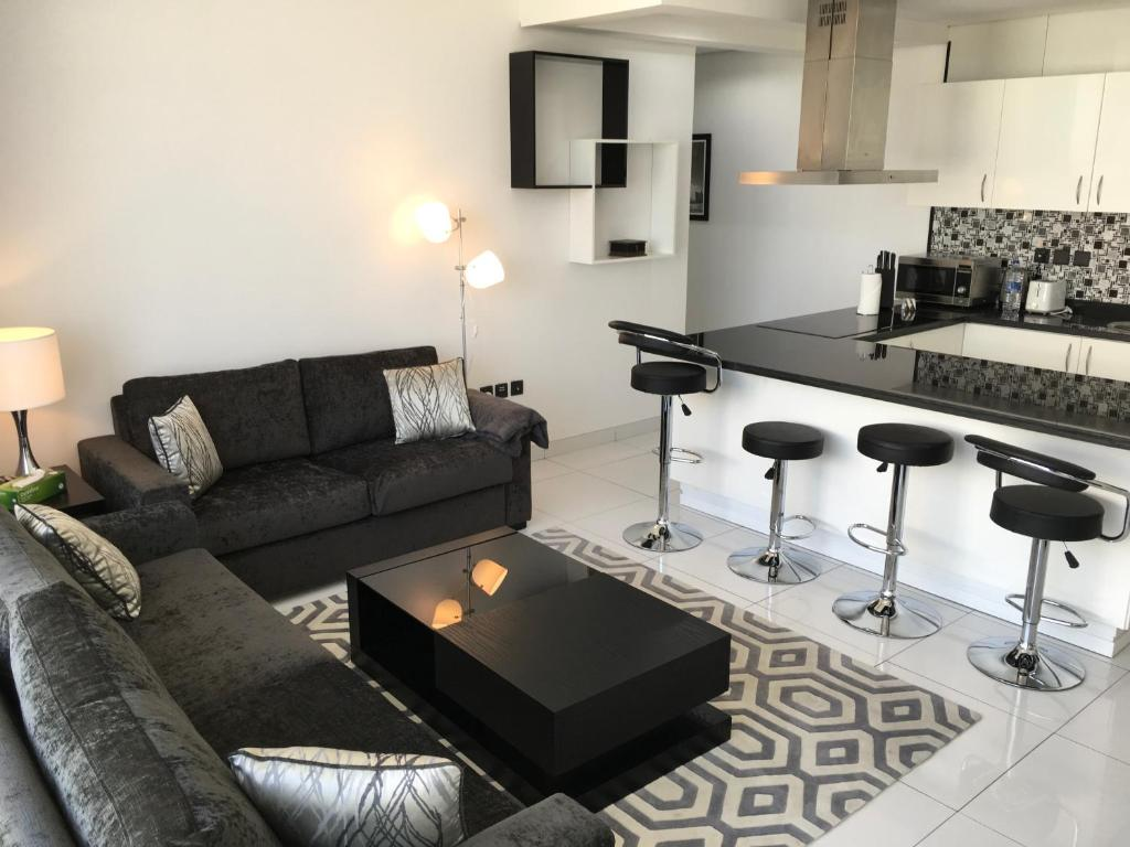 espace holiday homes giovanni boutique suites 6 dubai uae rh booking com