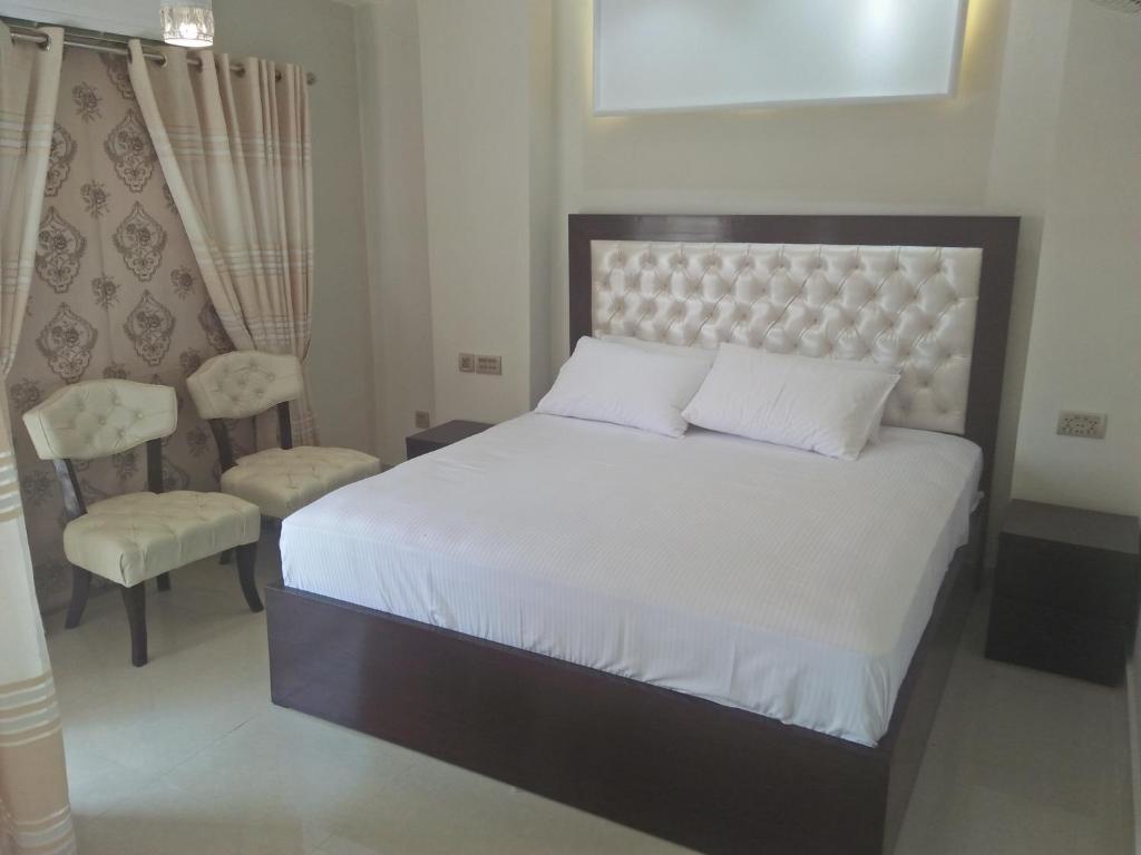 Apartment Single Bed Room Luxury Suite No 2 Rawalpindi Pakistan