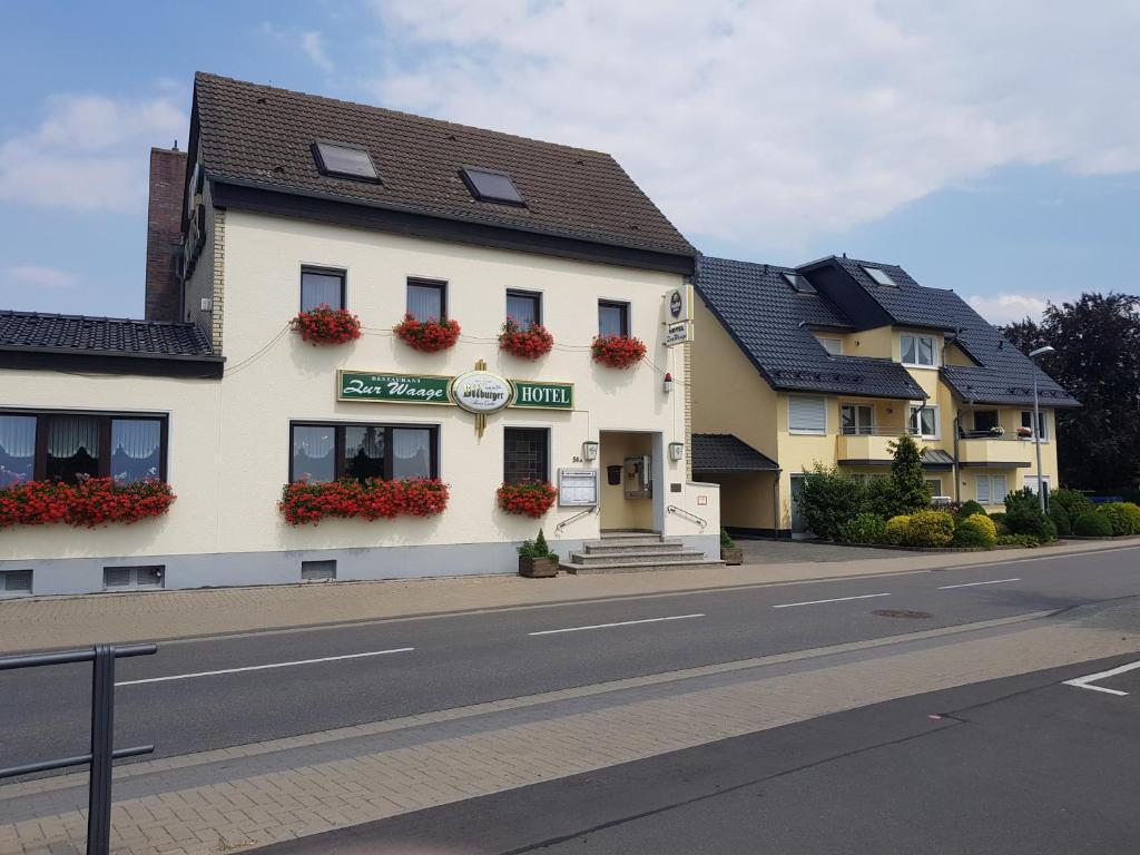 Hotel Zur Waage Deutschland Bad Munstereifel Booking Com