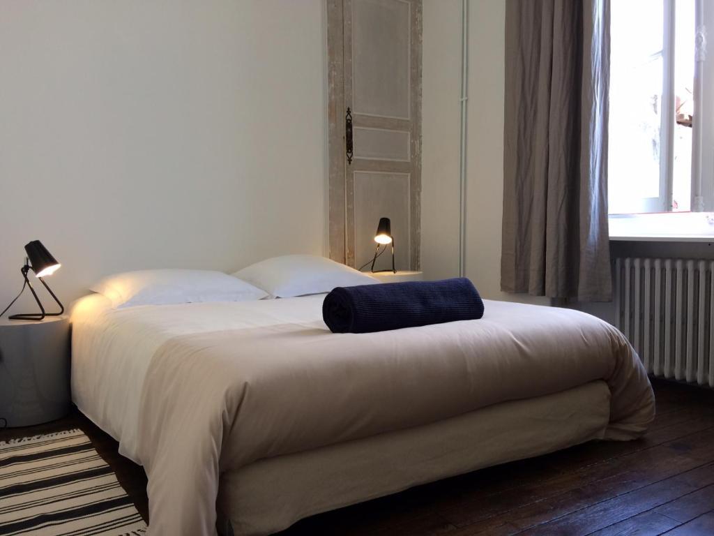 Apartments In Varennes-sur-fouzon Centre