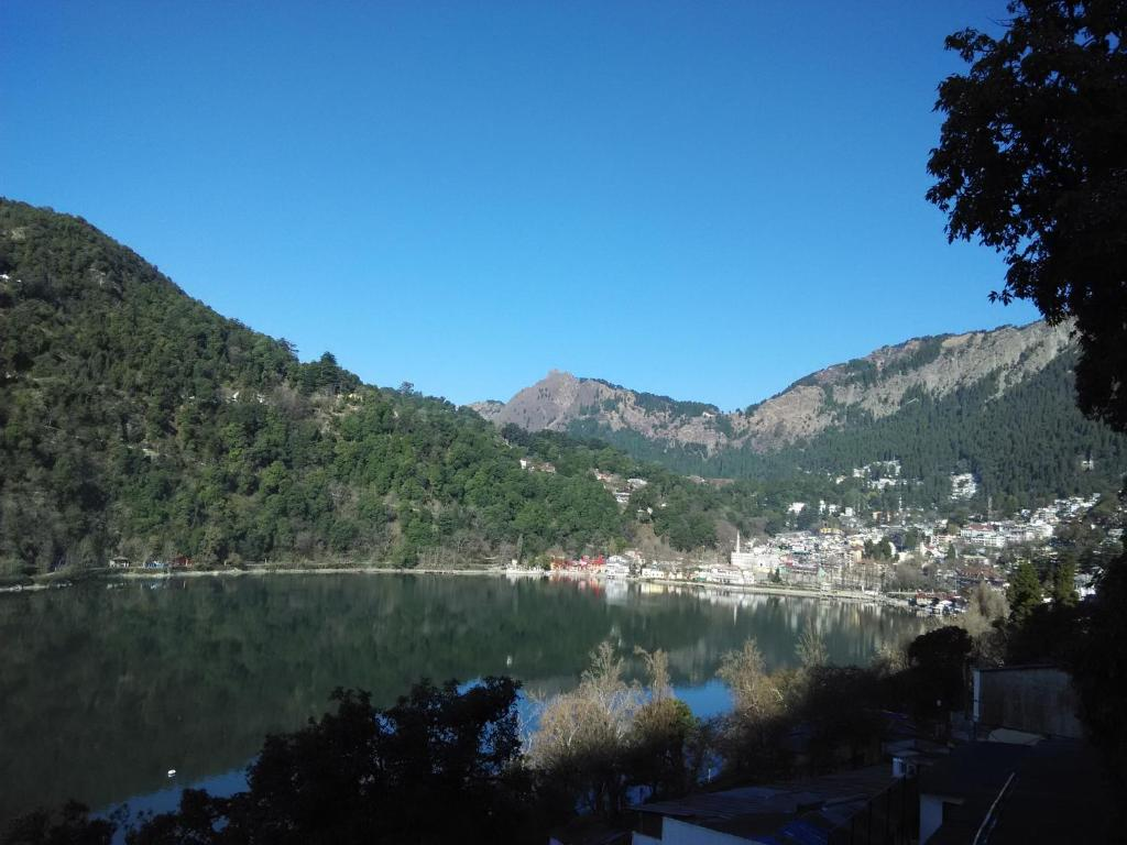 Hotel Stunning View Close To Mall Road Nainital India Booking Com