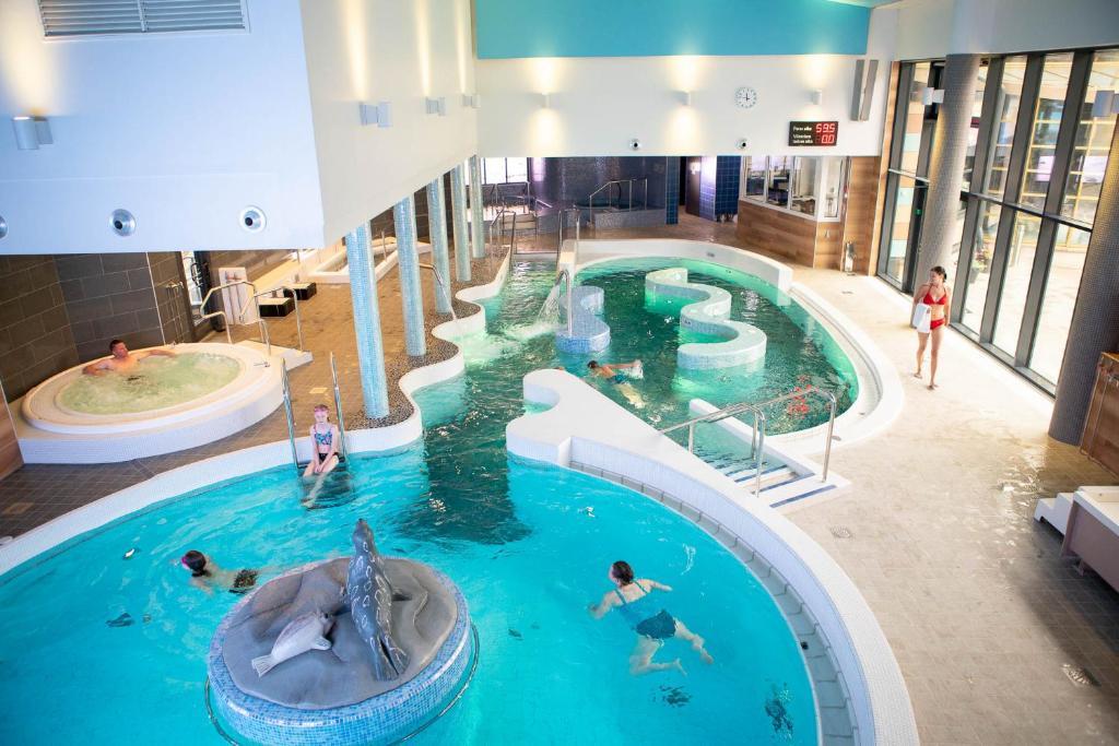 Majoituspaikan Finlandia Hotel Imatran Kylpylä Spa uima-allas tai lähistöllä sijaitseva uima-allas