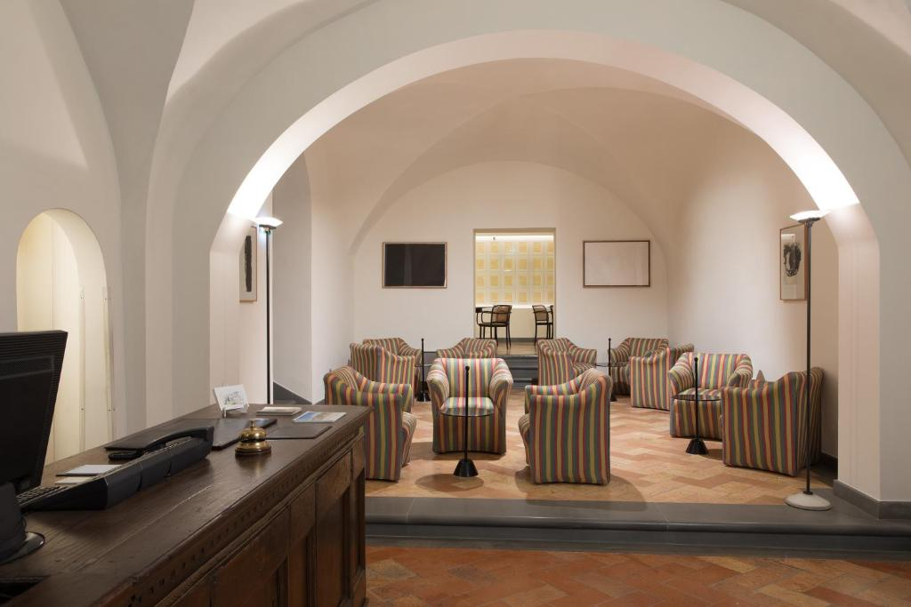 Letto A Castello Twins.Hotel Tiferno Citta Di Castello Italy Booking Com