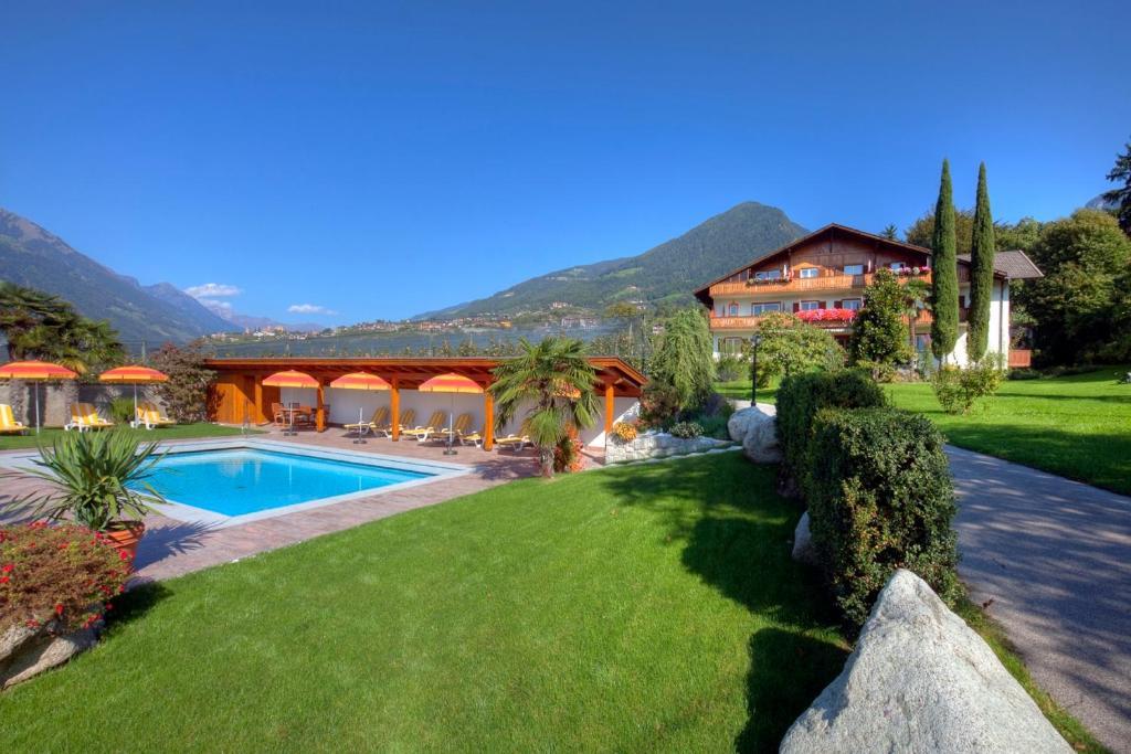 Residence Neuhauslhof Italien Meran Booking Com