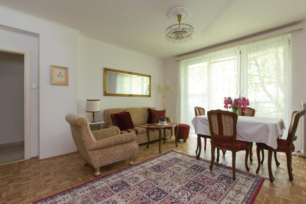 Amadeus Apartment Kurpark Baden Updated 2019 Prices