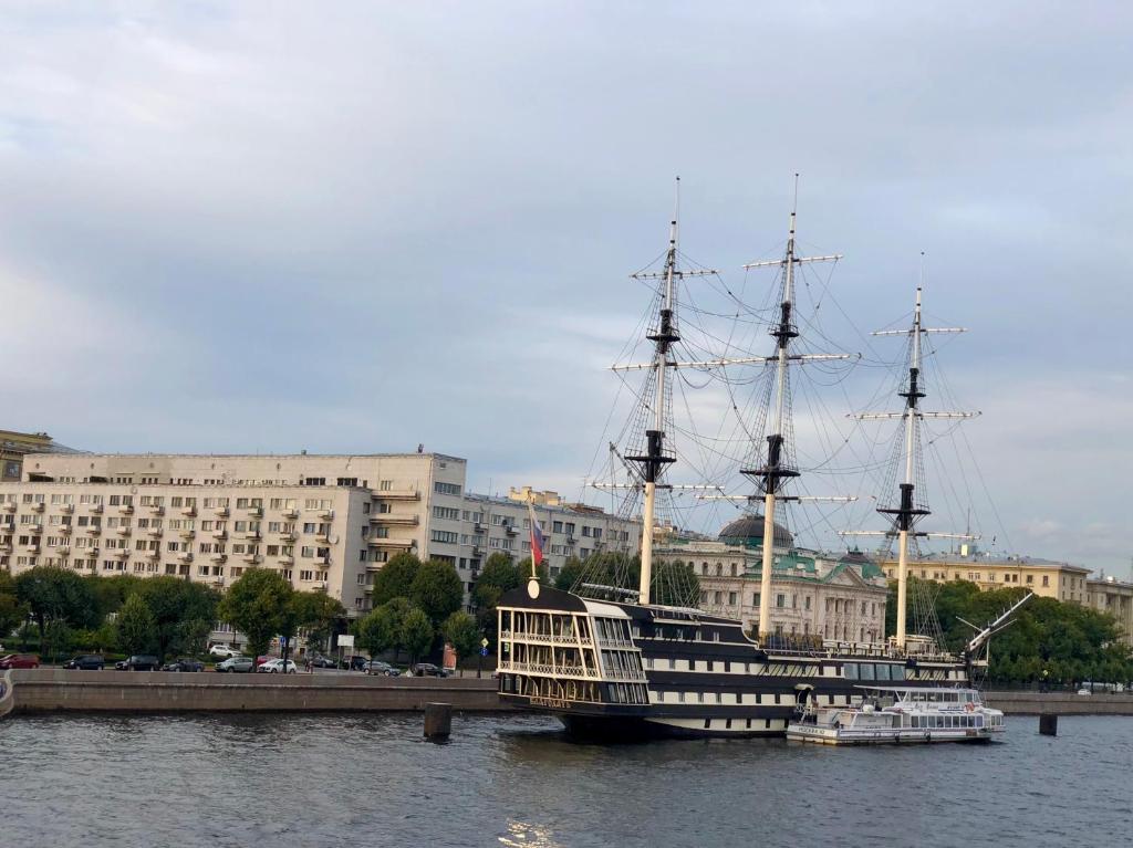 St. Petersburg Troitskaya Meydanı: Tarih ve Manzaralar 58