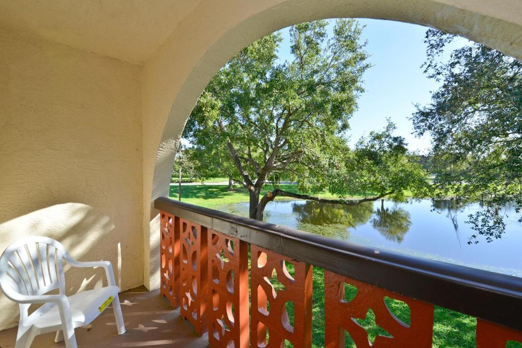 Quality Inn & Suites Tampa, FL - Booking.com