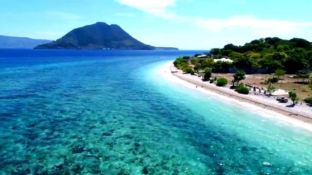 A bird's-eye view of Pantai Sebanjar Bungalow