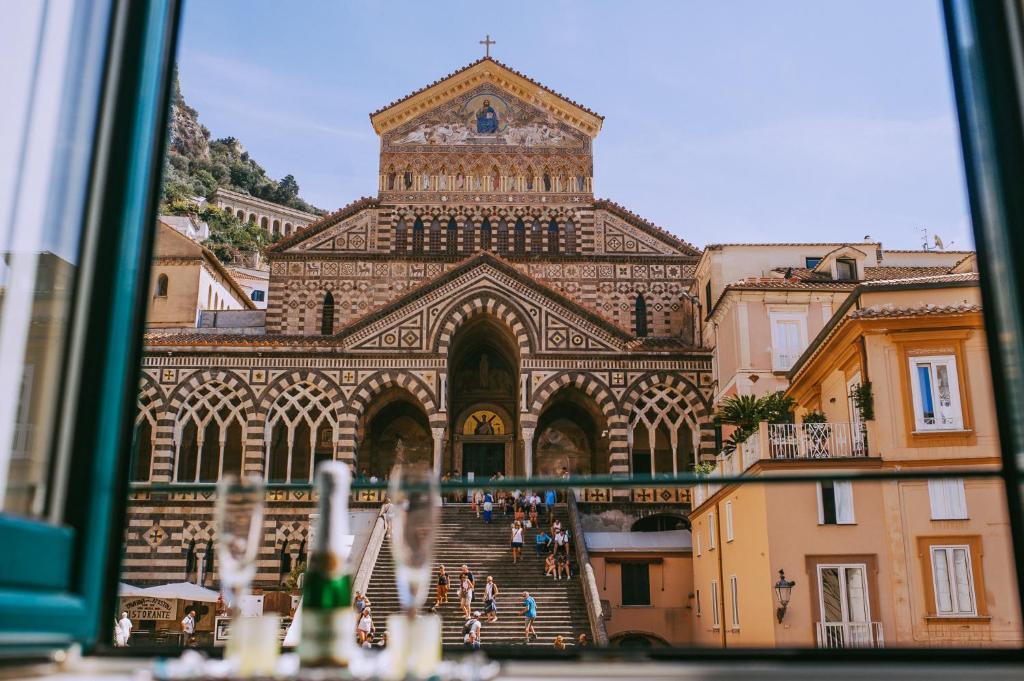 Vasca Da Bagno Amalfi Prezzo : Albergo s. andrea amalfi u2013 prezzi aggiornati per il 2019