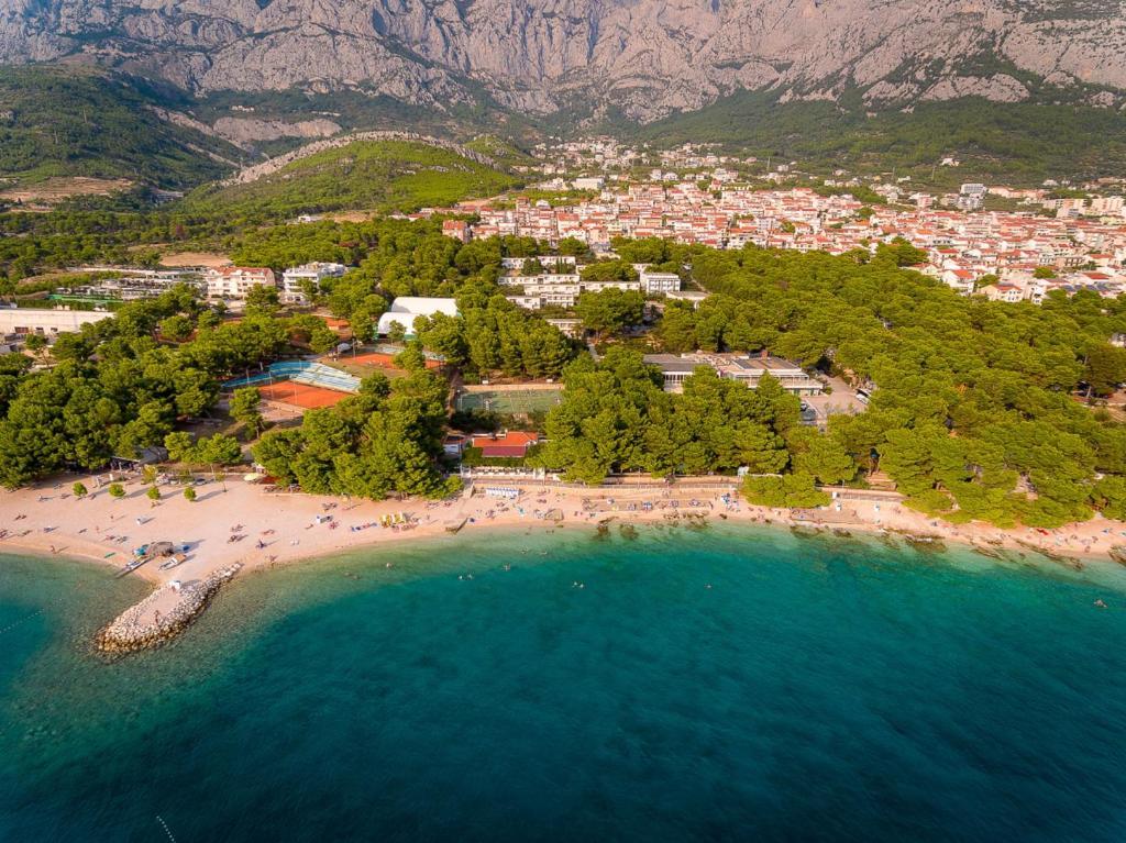 A bird's-eye view of Rivijera Sunny Resort by Valamar
