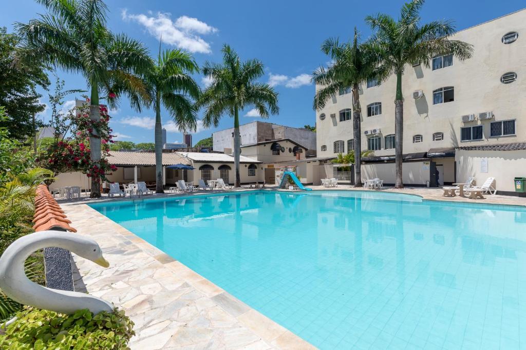 The swimming pool at or near Iguassu Flats Hotel