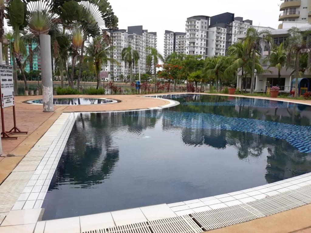 The swimming pool at or close to PD Marina Terrace Apartment