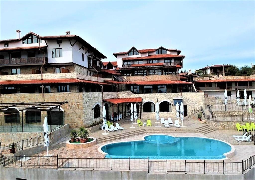 Хотелски комплекс Bolyarsko selo - Арбанаси