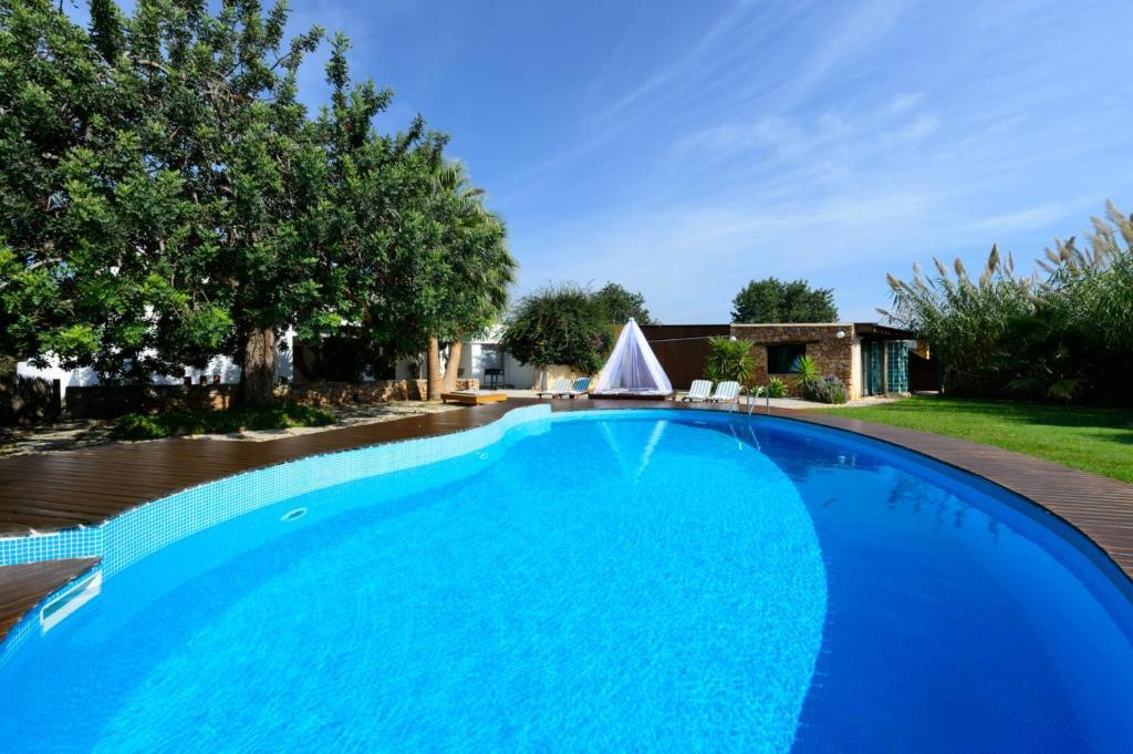 Piscina en o cerca de Ibiza Town Villa Sleeps 8 Pool Air Con WiFi