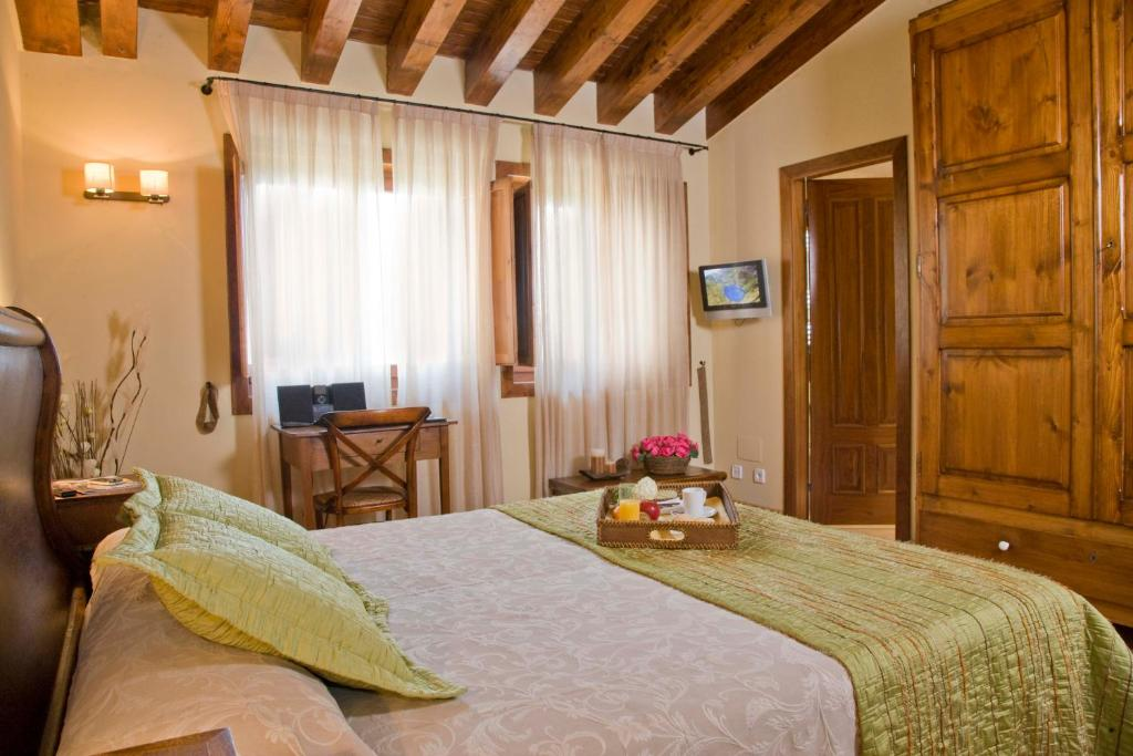 boutique hotels in sant felíu de pallarols  22