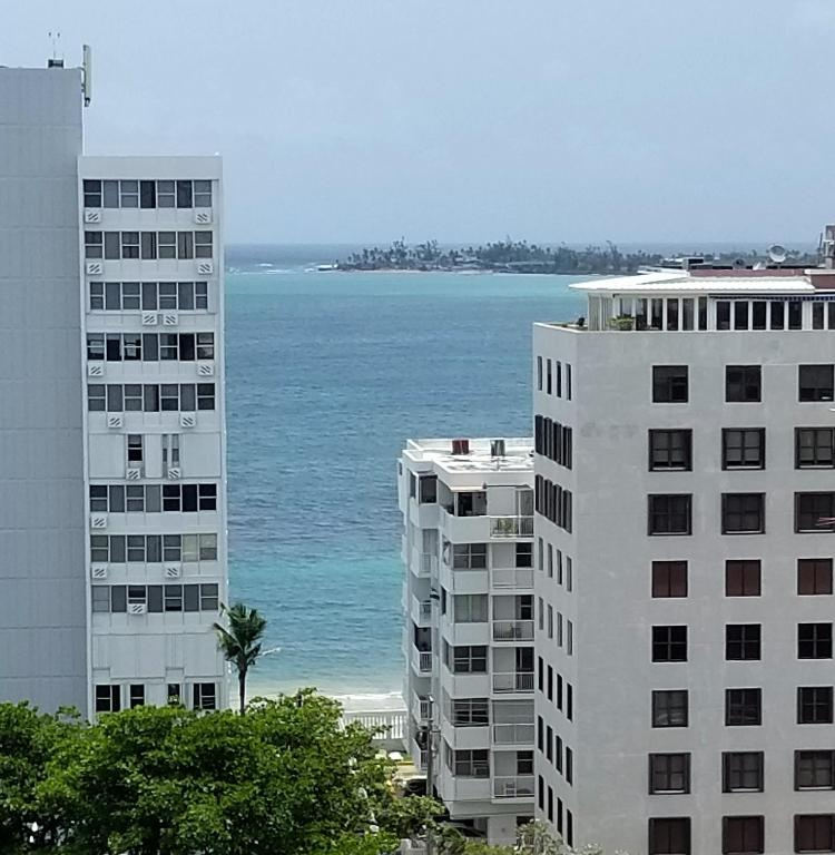Casa Verde Apartments: Ocean View / 2 Bds Apt, San Juan