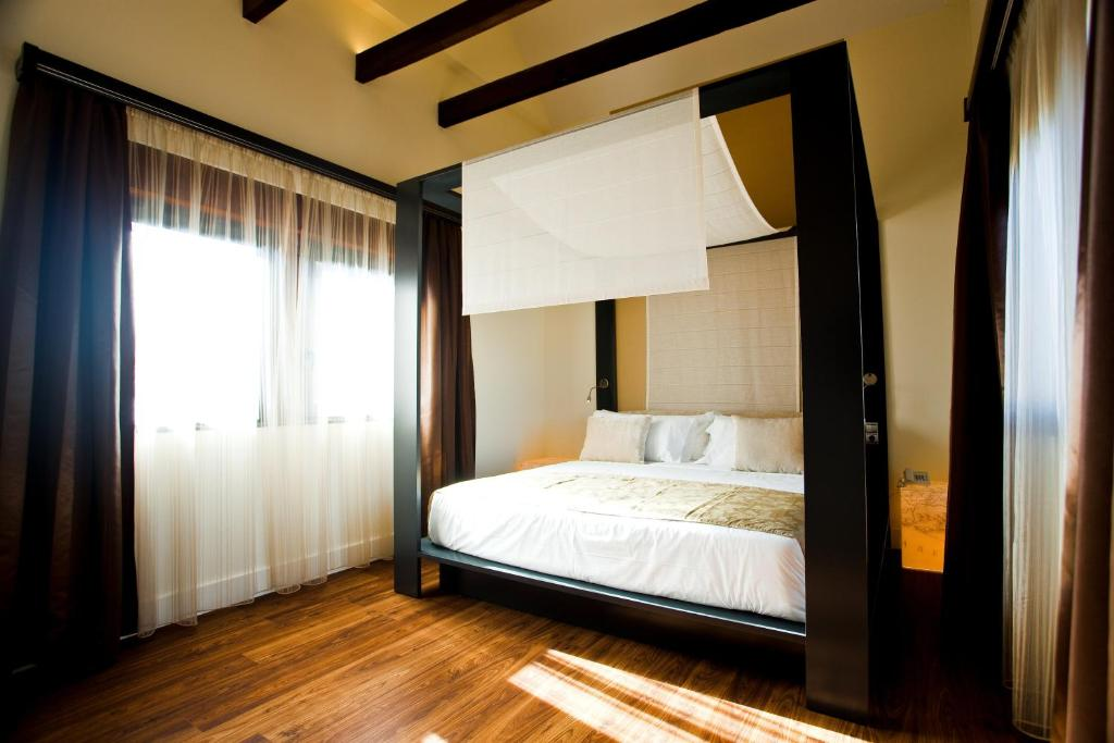 boutique hotels in granada  95
