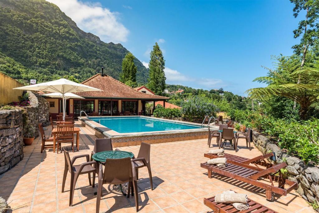 A piscina em ou perto de Pestana Quinta do Arco Nature & Rose Garden Hotel