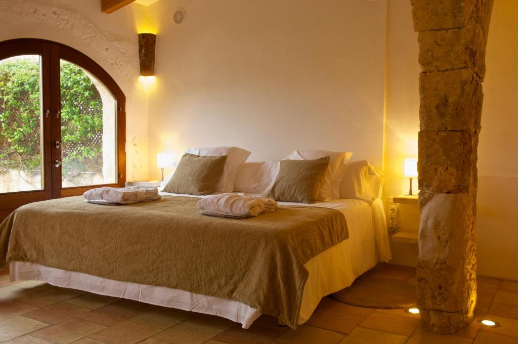 boutique hotels sant lluis  16