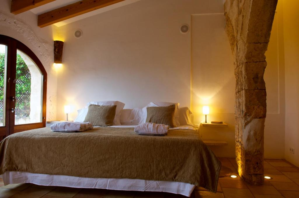 boutique hotels sant lluis  23