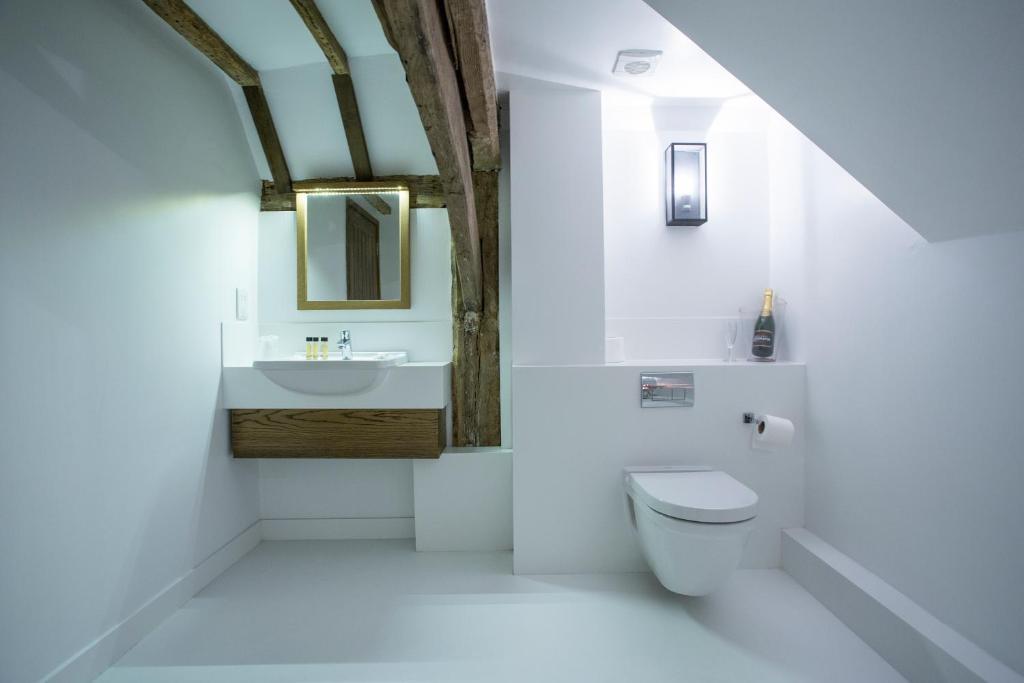 Bury lodge park toilet
