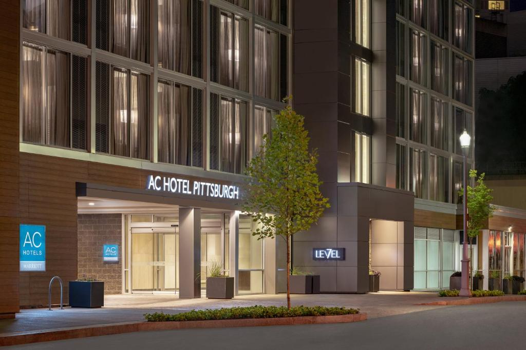 Ac Hotel By Marriott Pittsburgh Downtown Reserve Now Gallery Image Of This Property