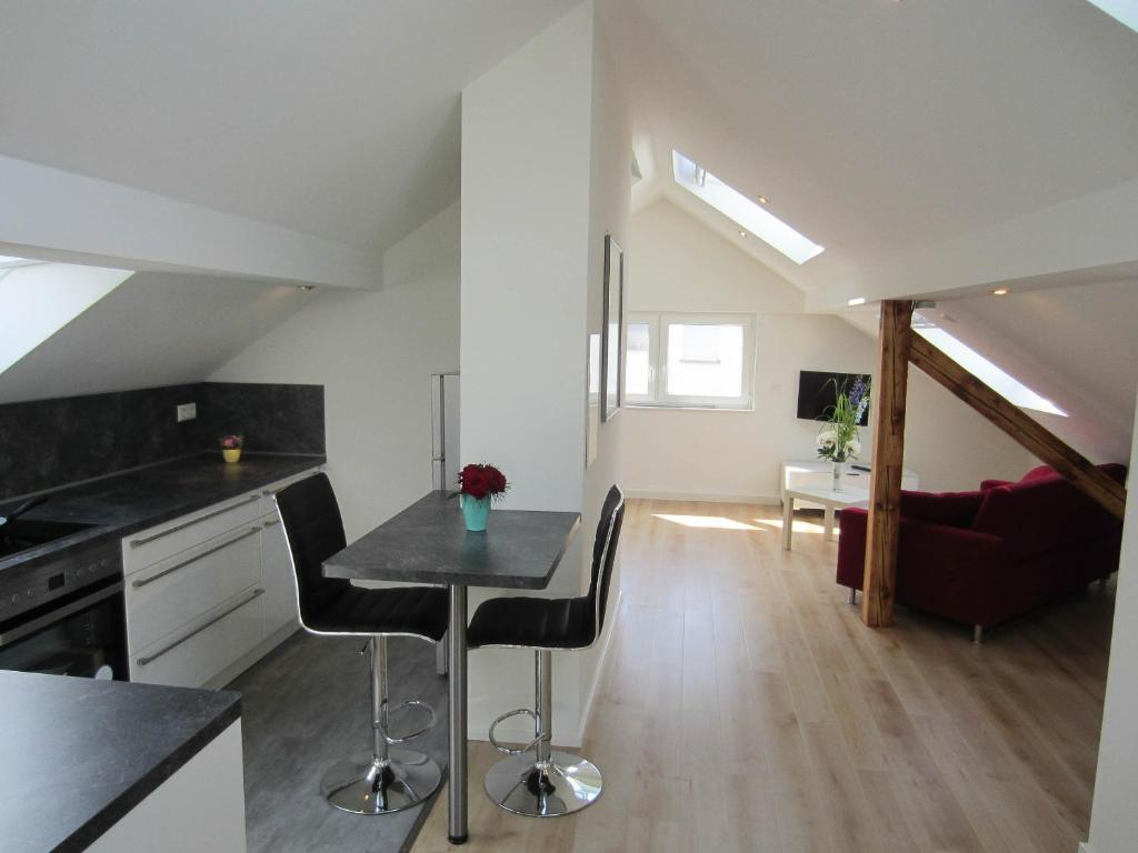 Moderne Wohnung apartment moderne wohnung in ruhiger lage, hockenheim, germany