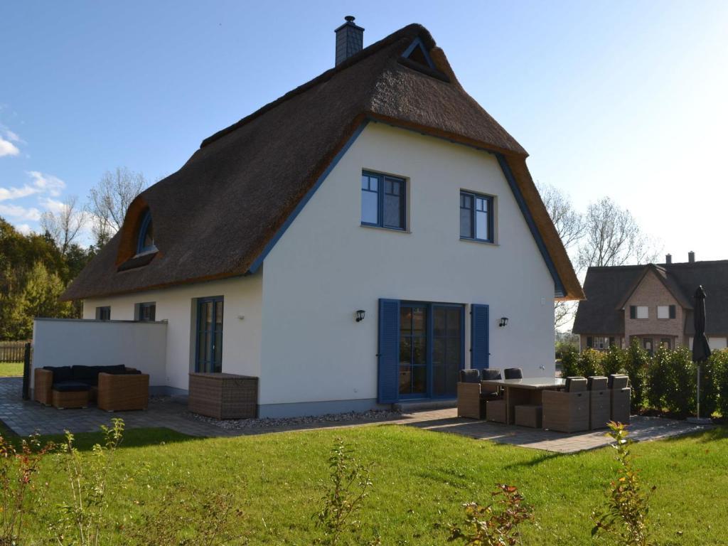 Ferienhaus Lee mit Terrasse und Kamin im Ostseebad Rerik ...