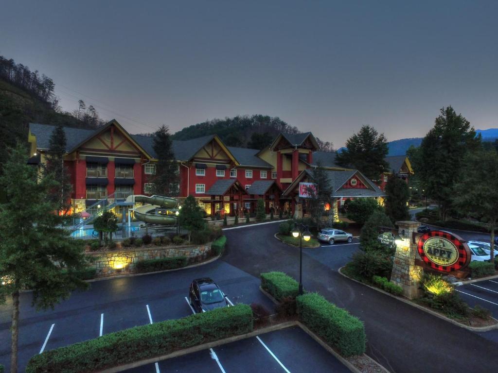 Gatlinburg Tn Hotels >> The Appy Lodge Gatlinburg Tn Booking Com