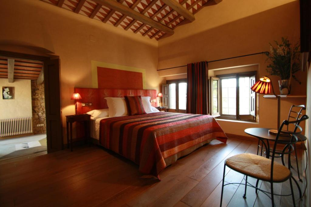 boutique hotels in calonge  22