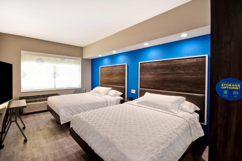 Hotel Tru By Hilton Deadwood, SD - Booking.com on