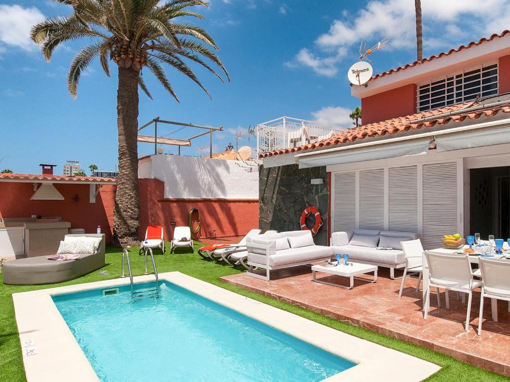 San Agustin Villa Sleeps 10 Pool Air Con (España San Agustín ...