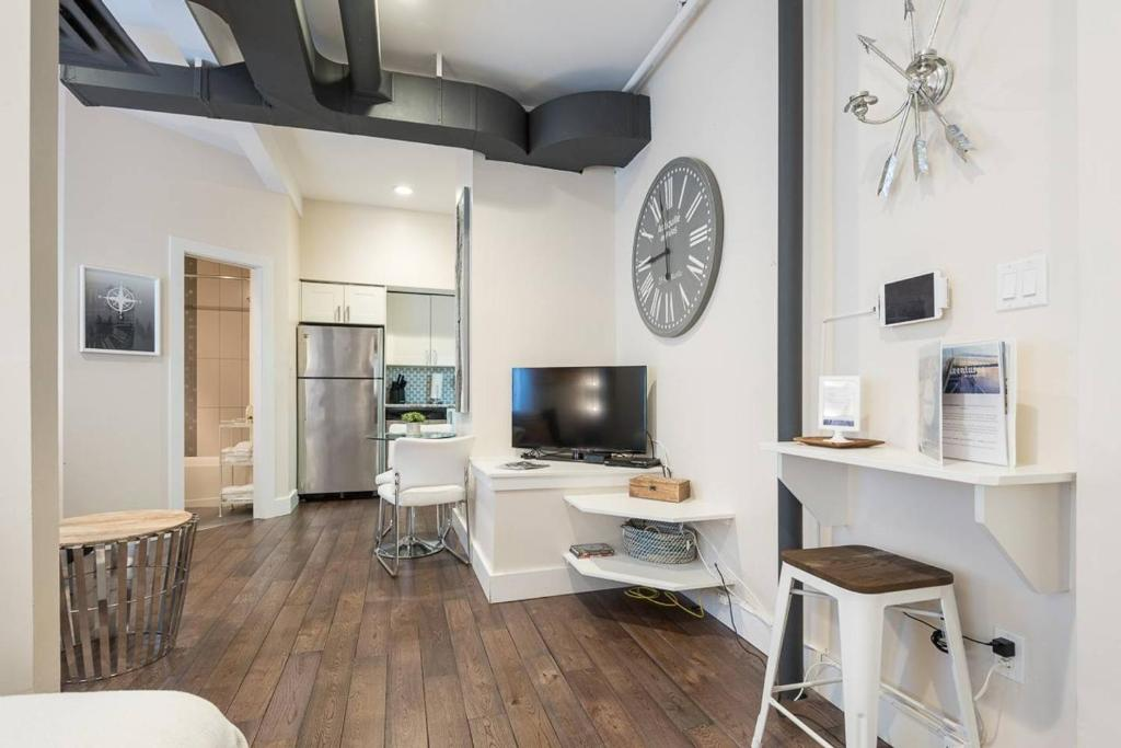 Apartment Modern Fully Equipped Studio In Downtown Halifax Canada